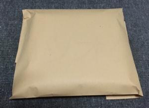 CD封筒梱包テープで留める